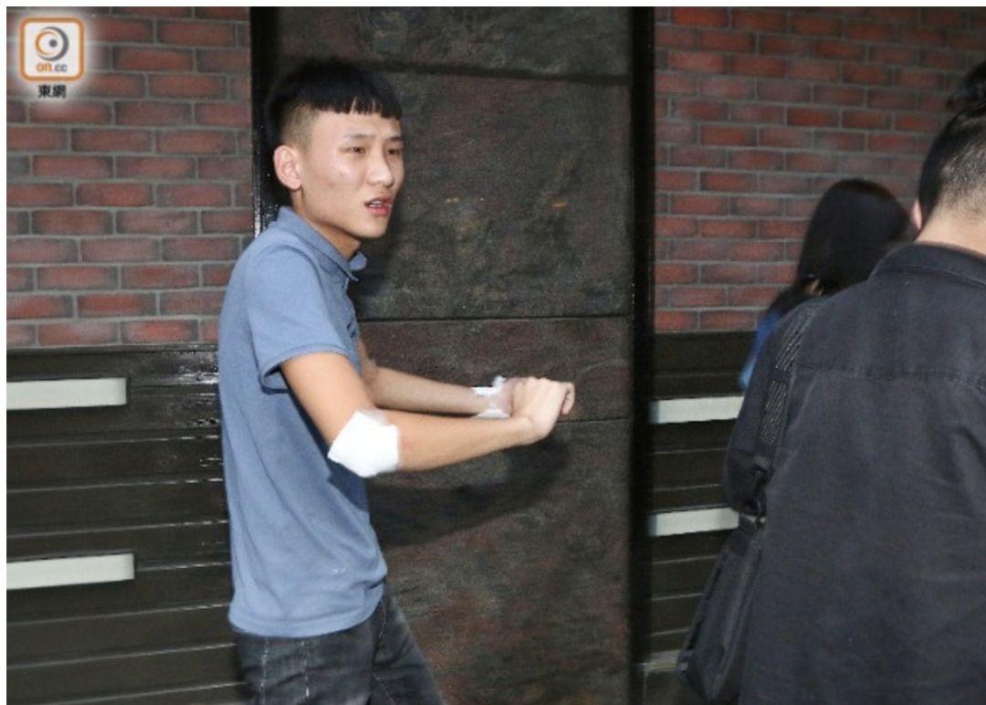 港媒:内地游客被4名黑衣人当街殴打,被抢走1万多元