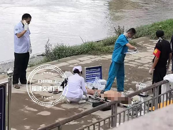 福州一八旬老人闽江游泳溺亡,家属:老人独爱游泳,身体很好