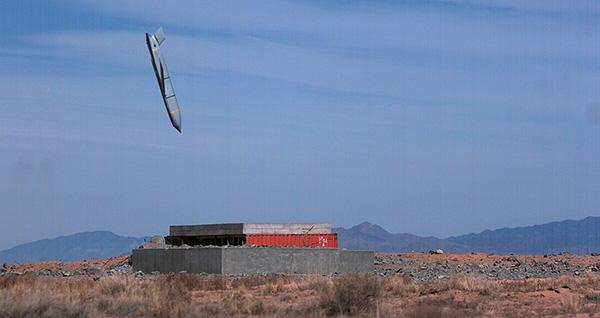 日本还计划从美国引进AGM-158远程空地巡航导弹。一旦装备,航空自卫队具备在上千公里外发动防区外攻击的能力。