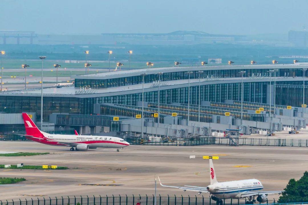 浦东国际机场卫星厅港湾机坪