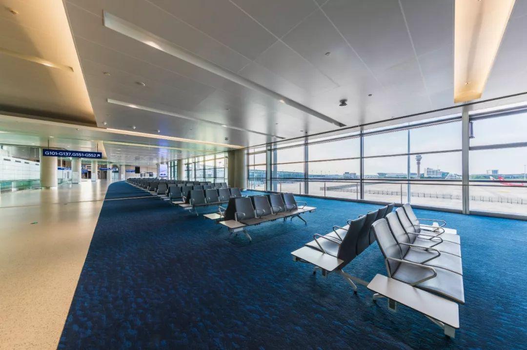 浦东国际机场S1卫星厅候机区