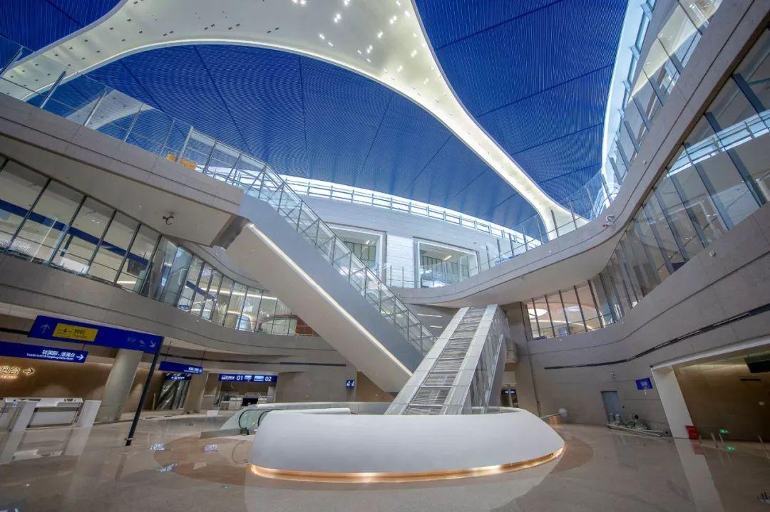 浦东国际机场S1卫星厅中转大厅