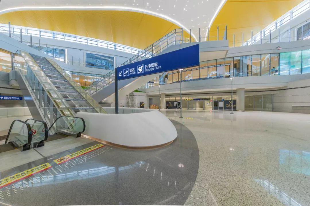 浦东国际机场S2卫星厅中转大厅