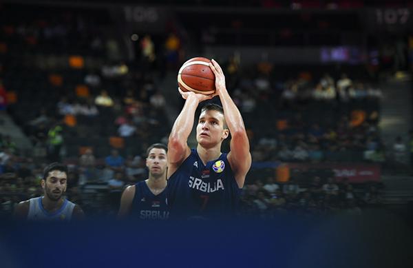 博格丹诺维奇已经在FIBA展现实力。