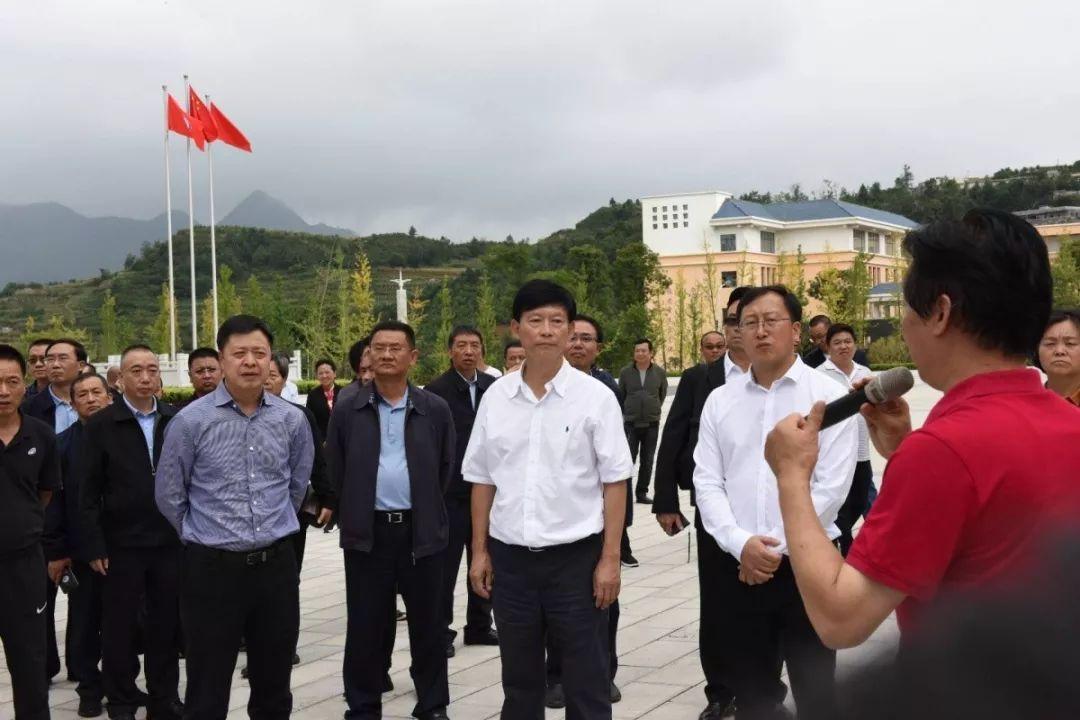 北京28开户杨亚林:坚持教育优先发展战略 不断开创全市教