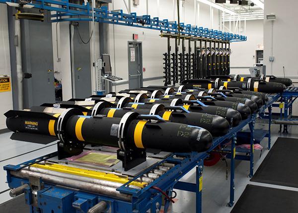 联合空地导弹(JAGM)主要装备各型直升机