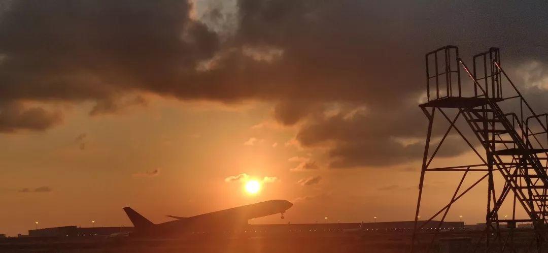 东航机务的中秋节,不止有诗和远方......
