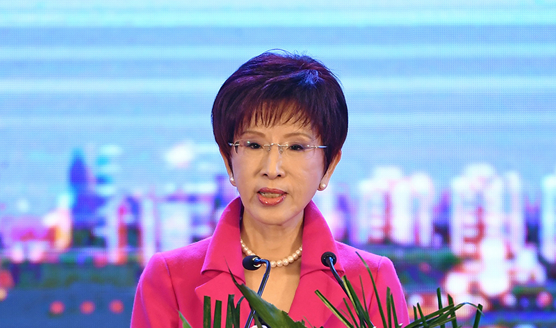 洪秀柱台南首场造势活动举行,呼吁支持者要团结