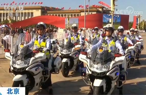 """北京交警首批""""铁骑队""""上路,首批185名交警开始上路执勤"""