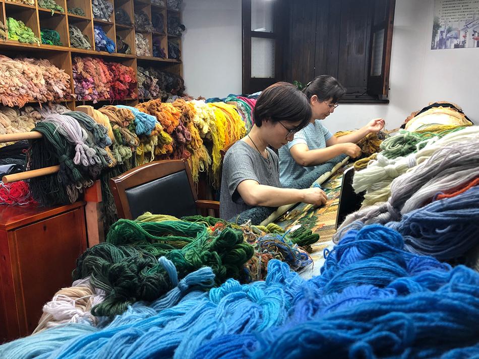 可爱的中国,奋进的上海|用千种绒线绣了一年,梦想之城再现