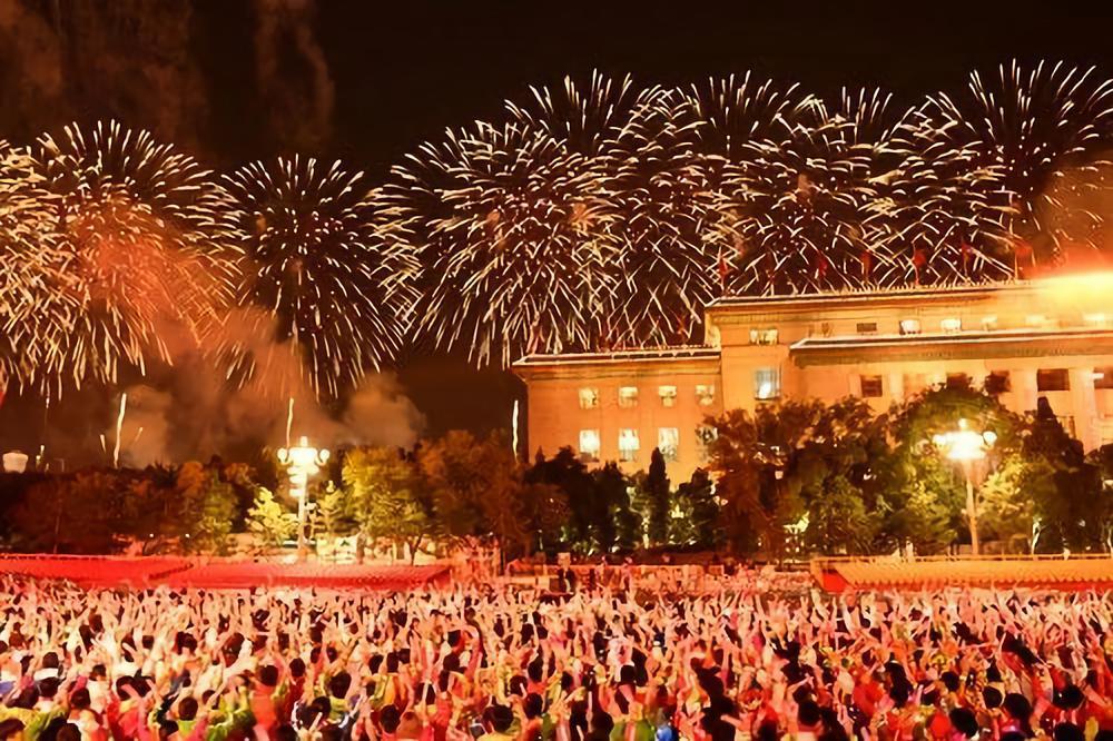 这是联欢活动现场。新华社记者 刘潇 摄