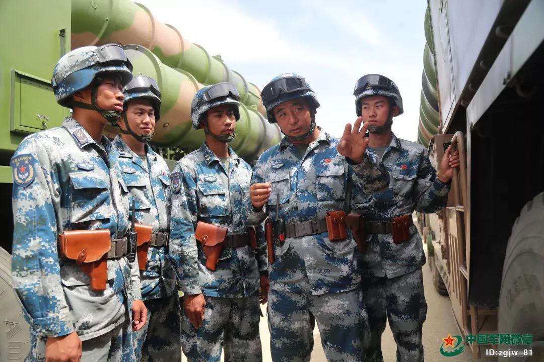 2017年阅兵训练场上的蒋大力。朱姜海 摄