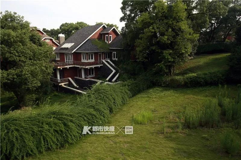 金庸在杭州别墅6800万元挂牌,单价超近期成交价约五成