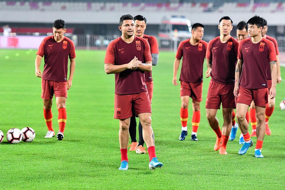 2019年10月9日,中国男足训练备战。 本文图片 视觉中国
