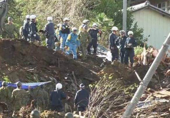 """台风""""海贝思""""已致日本58死211伤,超13万户仍断水"""