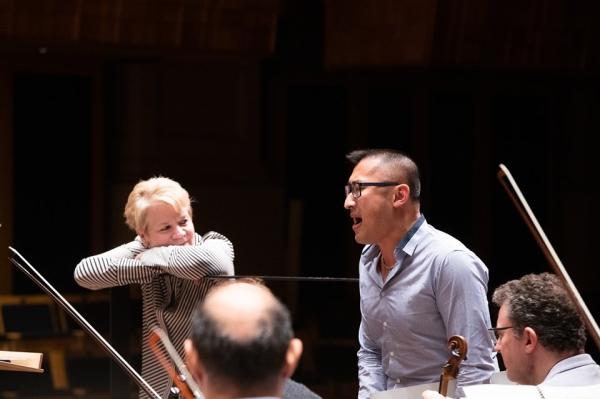 上海国际艺术节|华裔作曲家黄若回母校上音,带来了中国民谣