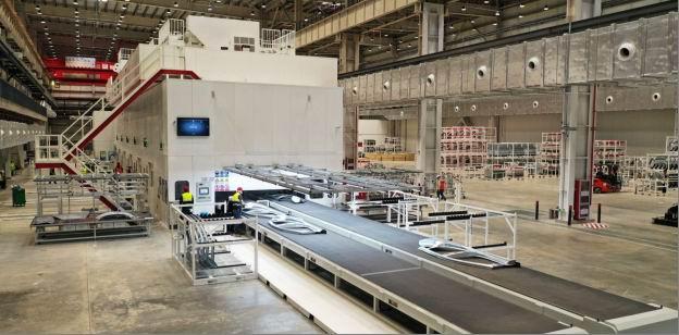 上海超级工厂冲压车间。 本文图片 特斯拉官方挑供