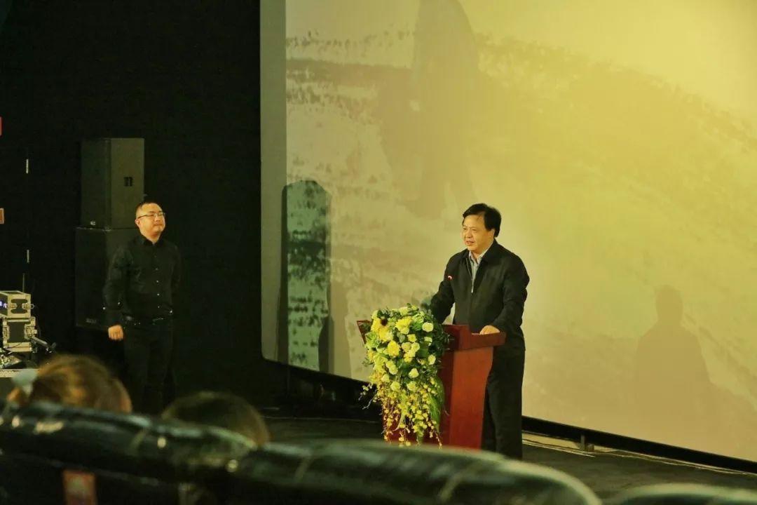 a电影!电影《白云苍狗》在渝首映,为西大v电影团队点赞!20韩国电影图片