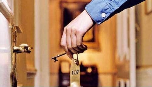 近期,多家品牌长租公寓运营商资金链断裂,停止运营。