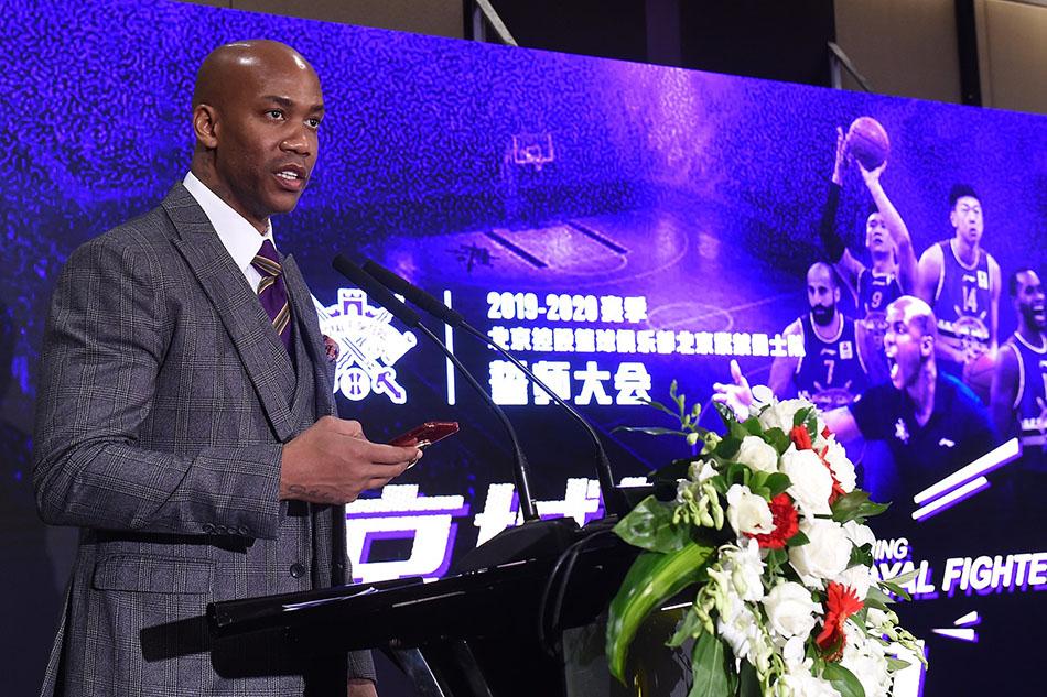 马布里在北京北控新赛季出征仪式上。 本文图片 视觉中国