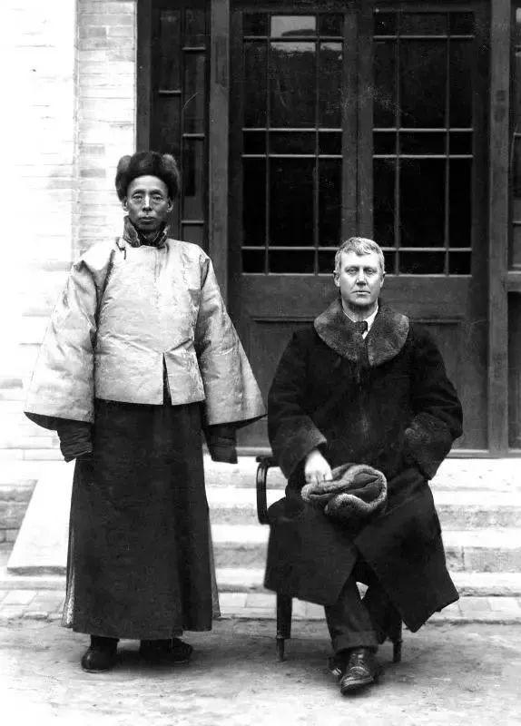 弃文从政:记者莫理循的中国探险
