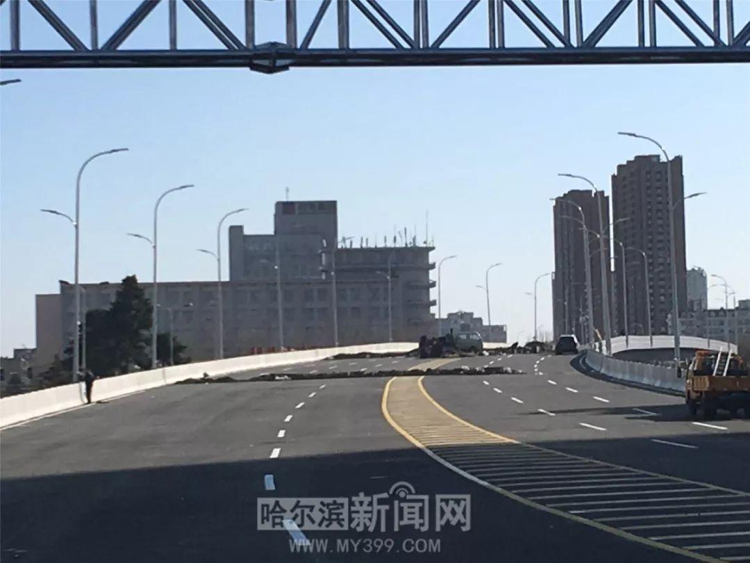 快通车了!动力广场立交桥开始划线