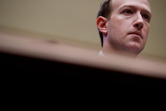 8700萬用戶數據外泄丑聞曝光一年半后,臉書終于認罰了