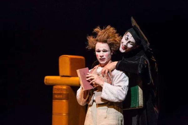 上海国际艺术节|德国默剧《浮士德》,无台词演绎歌德巨著(经典对白)