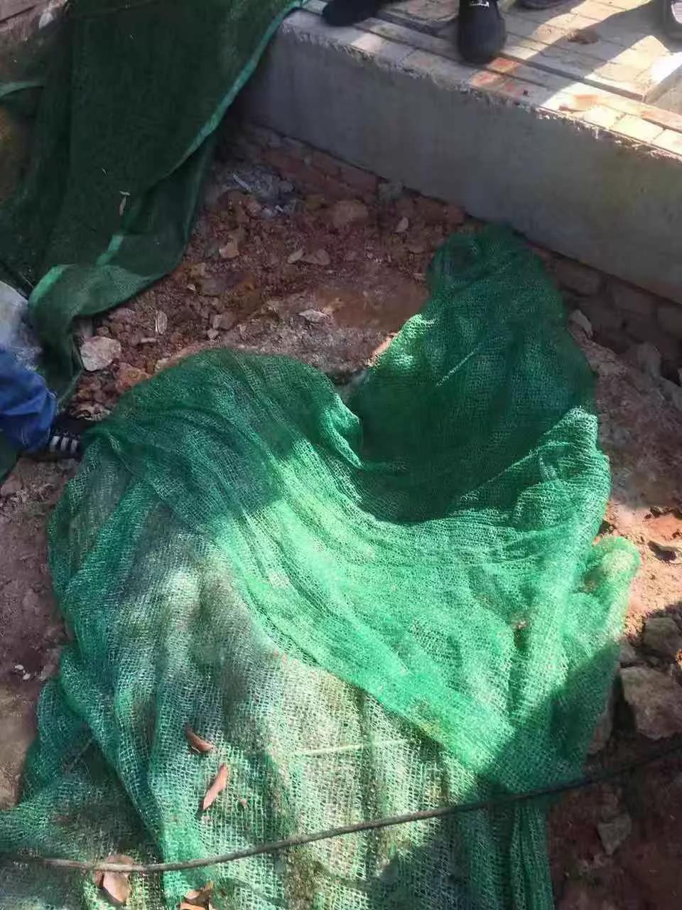 湖北武汉男童掉下工地井盖死亡:事发当晚井坑仍无井盖