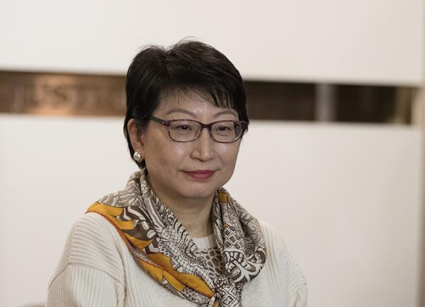 我驻英使馆回应香港律政司司长遇袭:愤慨谴责,要求警方彻查