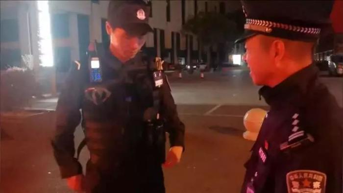 """【护航进博】进博会上的""""新警察故事"""",点赞"""