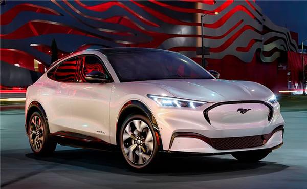 """在特斯拉""""家门口""""发布首款纯电车,全面触电的福特显露野心"""