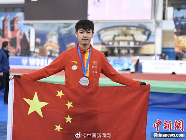 宁忠岩获速滑世界杯男子1000米银牌,中国速滑再创历史