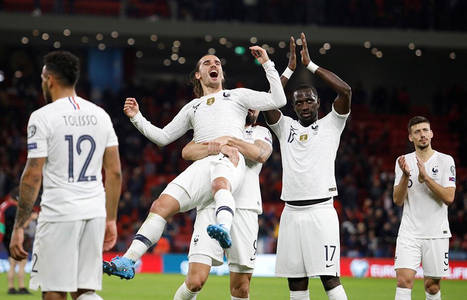 法国2-0阿尔巴尼亚,但却无缘种子资格。 本文图片 视觉中国
