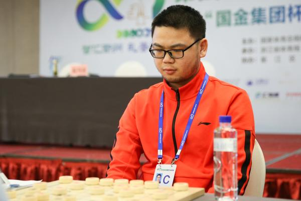 三位大学生为上海摘智运会象棋首金,高校已成象棋发展新力量