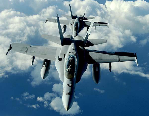 癹f�i)��&9�.��#�f_f/a-18大黄蜂战机在西太平洋海域坠毁.