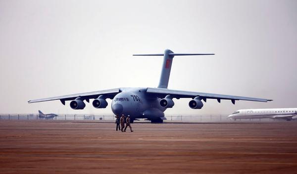 中国航展珠海启幕:中美俄军机聚首,歼-31隐形战机首秀