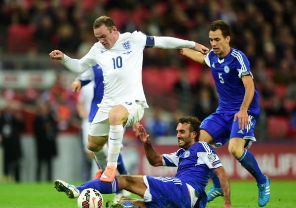 圣马力诺队球员在2016欧洲杯预选赛中与英格兰队比赛