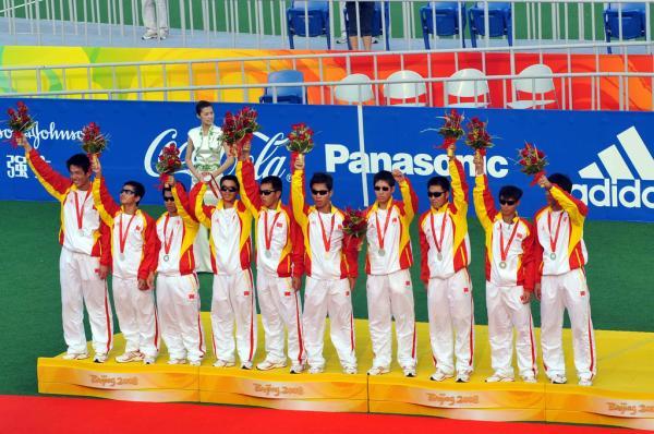 中国盲足球员世界杯单挑巴西后防线,漆黑的世