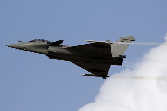 """""""阵风""""由法国达索飞机公司制造"""