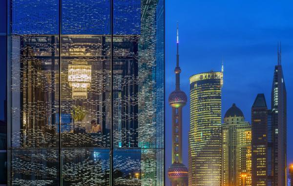 罗康瑞继续卖资产,低于市场价5亿出售上海浦东四季酒店