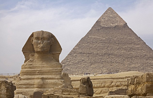 你真的认为金字塔在沙漠中心?