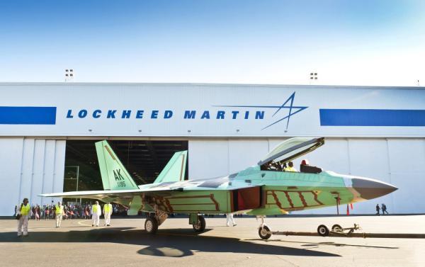第三代战斗机f-16的生产线