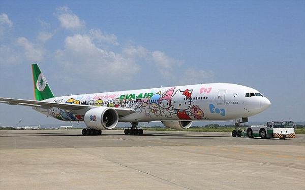 暑期带孩子坐飞机出国旅行