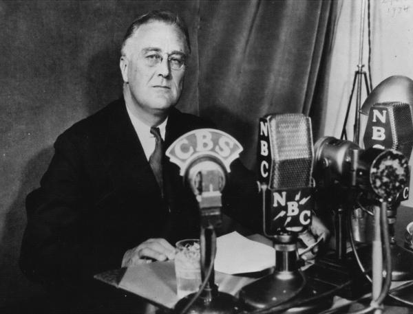 fdr stab in the back speech Fdr speech stab in the back on national defense - sunday, may 26, 1940, the fireside chats were a series of thirty evening radio addresses given by united states president franklin d roosevelt between 1933 and 1944 oldtimeradiodvdcom.