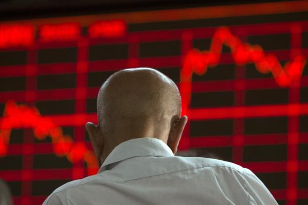清理配资很重要,秦洪看盘丨新兴产业领涨,A股有望突围