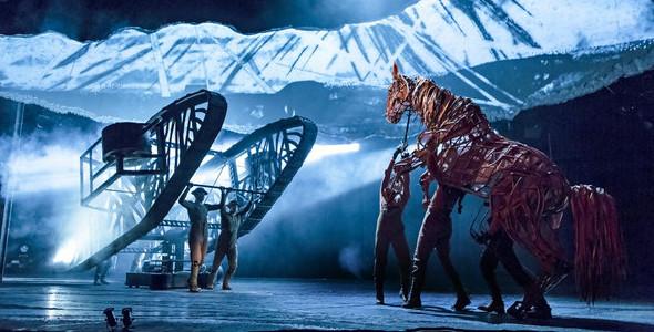 """让这匹战马在舞台上""""呼吸"""",不是那么容易的图片"""
