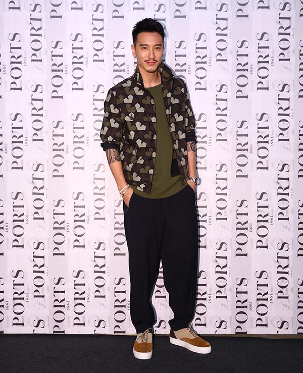 上海时装周开幕大秀 巩俐、帕丽斯・希尔顿都来了