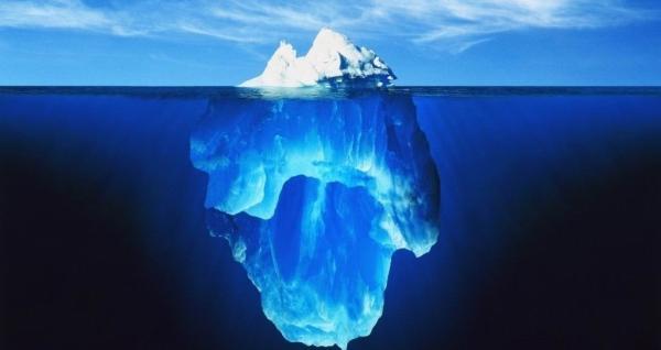 地理课都见过的这张冰山照片,竟然是人造的
