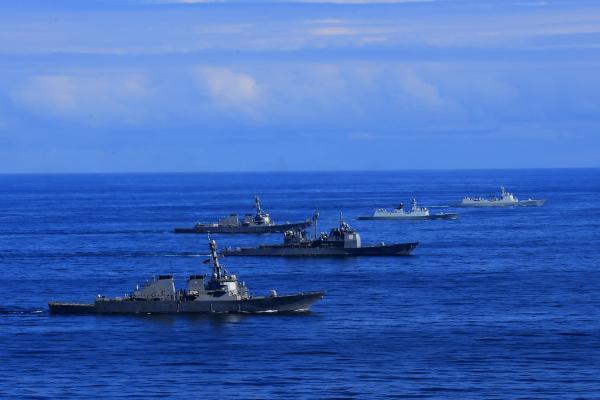 中美海军大西洋首演 基于《海上意外相遇规则》
